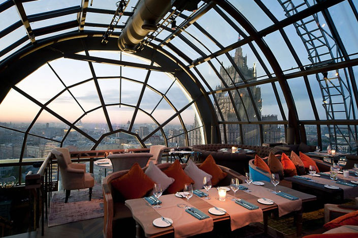 Restaurante-White-Rabbit-en-Moscu